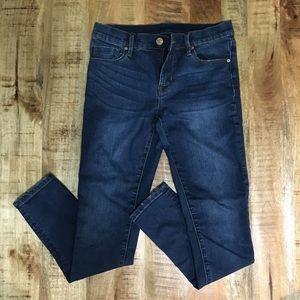BDG 27W twig mid rise blue jeans